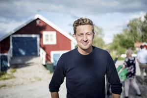 """Emil Källström (C). """"Det är fantastiskt att få ihop så mycket folk. Det lovar gott och det är ett taggat gäng."""""""