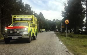 Mannen och hans son fördes med ambulans till hälsocentralen i Söderhamn för kontroll.