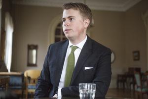 M yrkade i första hand på återremiss, därefter avslag. William Elofsson, M – Vi ville se ett annat avtal, sa han.