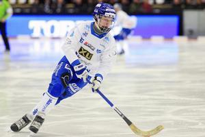 Trots uppvaktning från annat håll – Viktor Spångberg stannar i Motala.