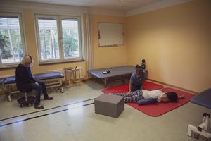 Det har blivit många timmar på rehabiliteringen på Falu Lasarett.