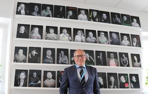År 2000 var Hans Sollerman med och grundade it-konsultföretaget E-man i Örebro.