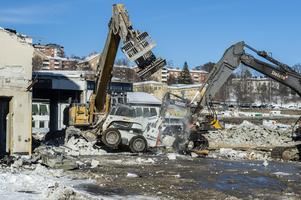 I början av januari inleddes rivningsarbetet och sedan dess har området förändrats rejält.