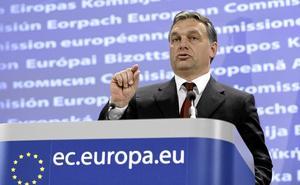 Hot mot demokratin. Under ledning av Ungerns premiärminister Viktor Orbáns högerpopulistiska regering har vi sett den mest omvälvande samhällsförändringen sedan kommunismens och murens fall 1989, skriver Cecilia Wikström (L). Arkivfoto: Virginia Mayo/AP Photo/TT