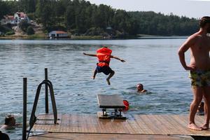 Var är simskolorna i Härjedalen? Bilden är från en simskola i Nynäshamn.