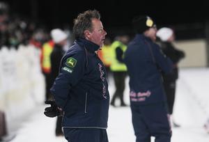 Svenne Olsson har just nu inte den energi och kraft som krävs för att leda ett lag mot slutspel.