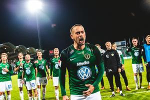 Fredric Fendrich förlänger sitt kontrakt med J-Södra.