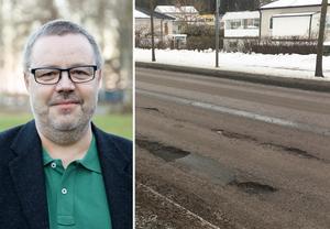 Denny Josefsson, presskommunikatör hos Trafikverket, förklarar att det är skiftandet mellan plus- och minusgrader som är orsaken till det dåliga väglaget. Bild: Trafikverket & Yngve Fredriksson