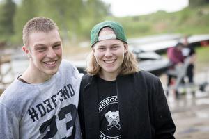 Watercross Nordanstigs Oskar Jernberg och Hampus Åström är två av de som arrangerar helgens SM-tävlingar i Hassela. Killarna har hållt på med sporten i flera år.
