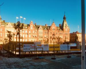 Mitt förslag är att göra en skridskobana runt Vängåvans fontän, skriver signaturen
