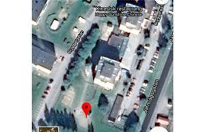 Vid den röda markeringen ska bostäderna byggas.