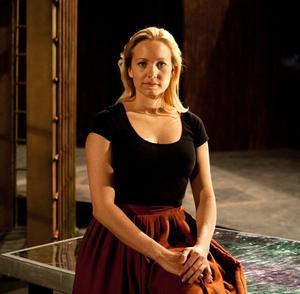 Det är efter en period med många priser och stipendier som Hanna Husáhr ikväll tar sig an Mahlers åttonde symfoni, ofta kallad