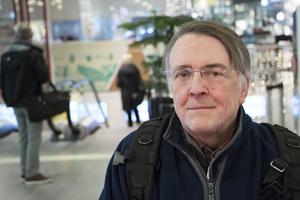 För Göran Löthman är kontantanvändandet en solidaritetshandling.