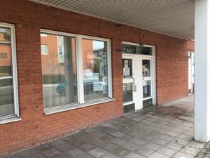 Järna dans- och yogastudio ligger på Storgatan 11 i Järna centrum.