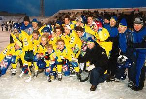 Juniorlandslaget som vann VM-guld 2002.