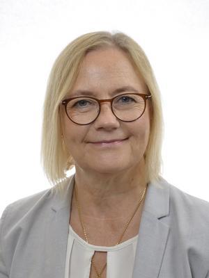 Anna Vikström (S) ställer frågan till partikollegan ...