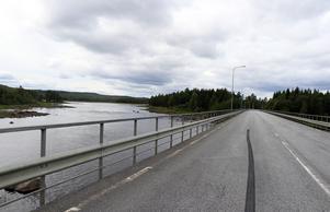 Fram till 1968 pågick flottning i Ljungan vid Kölsillre, vars  spår man nu vill försöka avlägsna och återställa vattendraget till en mer ursprungslik miljö.