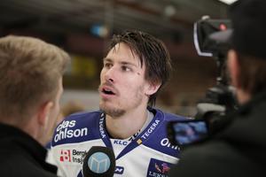 Jon Knuts i intervju med Hockeypuls efter matchen.