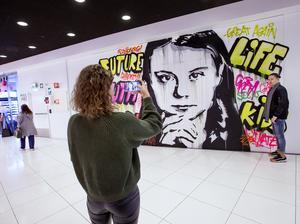 En grafittimålning av Greta Thunberg
