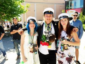 Sofie Pettersson, Jimmy Karlsson och Emelie Johansson slutar John Norlandergymnasiet och har alla fått jobb inom anläggningsbranschen efter studenten.