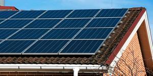 """Trots en ökning på 34 procent i solcellskapacitet i Södertälje förra året, sjönk kommunen från plats 76 till 119, enligt Svensk solenergis rankning. Det är en branschorganisation som varje år rankar Sveriges kommuner i """"Solcellstoppen""""."""