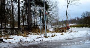 Stiftelsevägen i Mora by är den första plats dit skylten ska flyttas efter trettonhelgen.