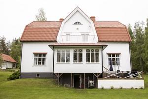 Huset är byggt i början av 1900-talet och är omtalat som