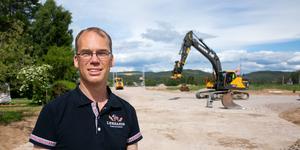 Peter Joon berättar att efter att vägen fått en ny sträckning kan Leksands knäckebröd fortsätta att utvecklas under många år.
