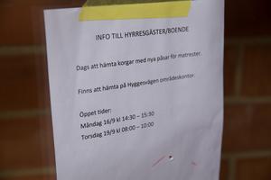 På Hyggesvägen i Ronna ska 149 hushåll testa den nya påsen under september, oktober och november. Men först i mitten av september kunde boende hämta påsar och den speciella korg som ingår i testet.