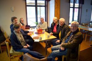 I förra veckan ordnade boende i Gudmundsbyn ett möte i brukshundsklubbens lokaler, där man diskuterade vad man kunde göra för att protestera mot IP Only.