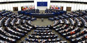 """""""Till exempel tar EU:s maktfullkomlighet sig ständigt an olika skepnader. Nu senast i form av Copyrightdirektivet innehållandes både länkskatt och uppladdningsfilter"""" skriver  Tobias Andersson och Rasmus Giertz, Ungsvenskarna. Foto: Henrik Montgomery/TT"""