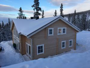 Nordens första Svanenmärkta fritidshus finns vackert beläget på Vemdalsskalets sluttning.