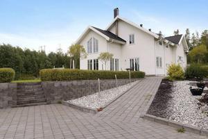 Mäklarhuset, sålde denna villa under 2014 på Södra Mårtensbacken.