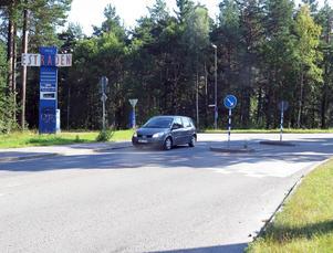 Rondell 2: korsningen Sätrahöjden/Folkparksvägen med en eventuell ny anslutning till Hamnleden.