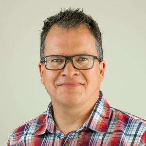 Peter Sjölund är en av Sveriges ledande dna-experter. Den 25 april kommer håller han föredrag på Norrtälje stadsbibliotek.