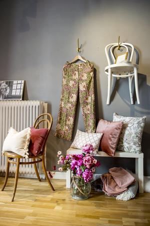 I butiken på Tullgatan hamnar inredning som Ilona Sweder använt när hon stylar hem.