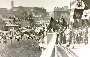 1 maj 1984. På väg mot Folkets park i Västerås.