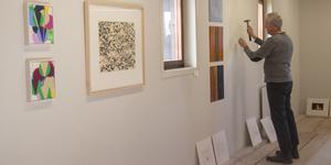 Bo Ganarp är en av många konstnärer som delar i Grafikverkstan Godsmagasinets jubileumsutställning.