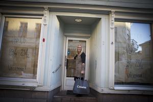 Carola Jonsson ser fram emot att få öppna pop-up-butiken i gamla Starlanders kafé.
