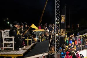 Att kalla evenemanget för en folkfest vore en underdrift. Foto: Mats Hallin