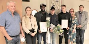 På bilden syns från vänster Jan Henriksson , Veronica Rönngren, Yusuf Ahmed Ali, Max Graniti, Rasmus Eriksson, Amanda Hellquist och Torbjörn Gustafsson.