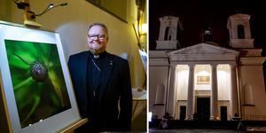 Domprost Kent Nordin i sin fotodebut på kulturnatten i domkyrkan.