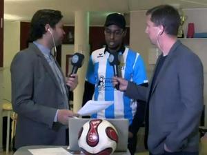 Abdirahman Ahmed, Swesom FC:s tränare, under Sportens uppesittarkväll inför Dalafyran då han intervjuades av Oskar Magnusson och Stefan Ericsson på fritidsgården Paradiset i Tjärna Ängar.