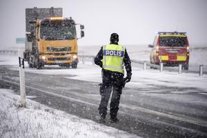 Mellan 5 och 15 centimeter snö väntas under lördagen och söndagen i Dalarna. Arkivbild. Foto: Johan Nilsson / TT