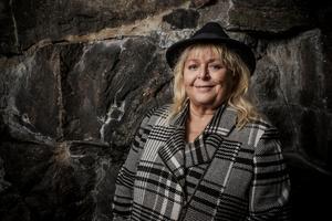 Kikki Danielsson kommer både till Tonhallen i Sundsvall och Nolaskolan i Ö-vik i april.