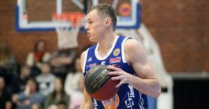 Jaan Puidet spelade nära 40 minuter och växte ut till en matchvinnare.