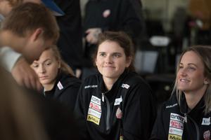 Gracen Hirschy (mitten) och Sofia Engström är båda nya från Leksand.