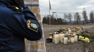 Det är många som har lämnat ljus och blommor vid olycksplatsen. Bilden är ett montage. Foto: TT/Kenneth Westerlund
