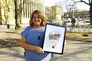 """Malin Ljungkrantz på Polhemsskolan nominerades för andra gången till årets UF-lärare i Gävleborg. Den här gången vann hon. """"Det här ger mig blodad tand."""""""