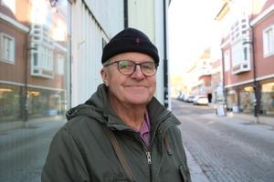 Lars Humble, Norrtälje: – För egen del har jag bra erfarenheter, jag har turen att vara frisk också. Men min fru har haft mer kontakt med sjukvården och har sämre erfarenheter, med läkare som inte ringt upp som de ska. Men generellt sätt är det bra i Norrtälje tycker jag.